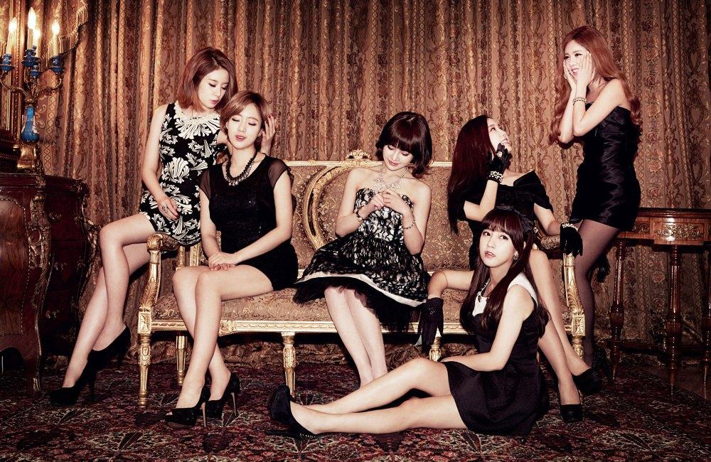 tara-gossip-girls-japan-1